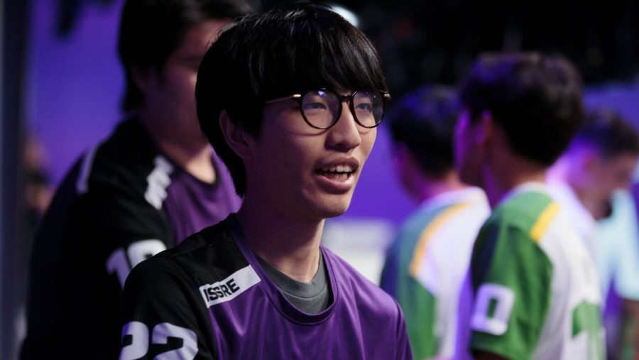 A new Dynasty with Fissure