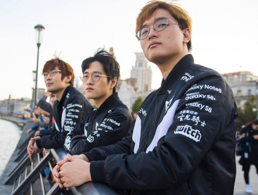 theScore esports Daily (Nov. 16): Crown and Ambition part ways with Gen.G, RFRSH sells Heroic