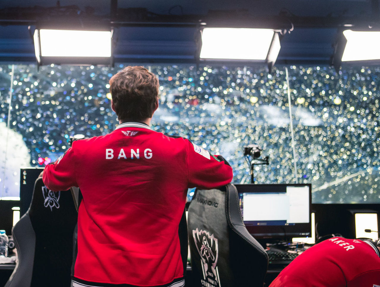 theScore esports Daily (Nov. 23): Bang joins 100 Thieves, GorillA completes Misfits' loaded roster and pieliedie fills Mushi's spot on Mineski