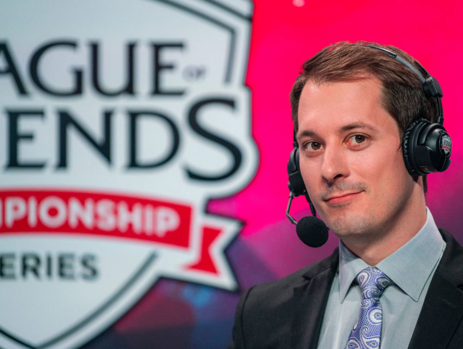 theScore esports Daily (Nov. 9): PiraTechnics parts ways with Riot, Jestkui Max joins Gambit