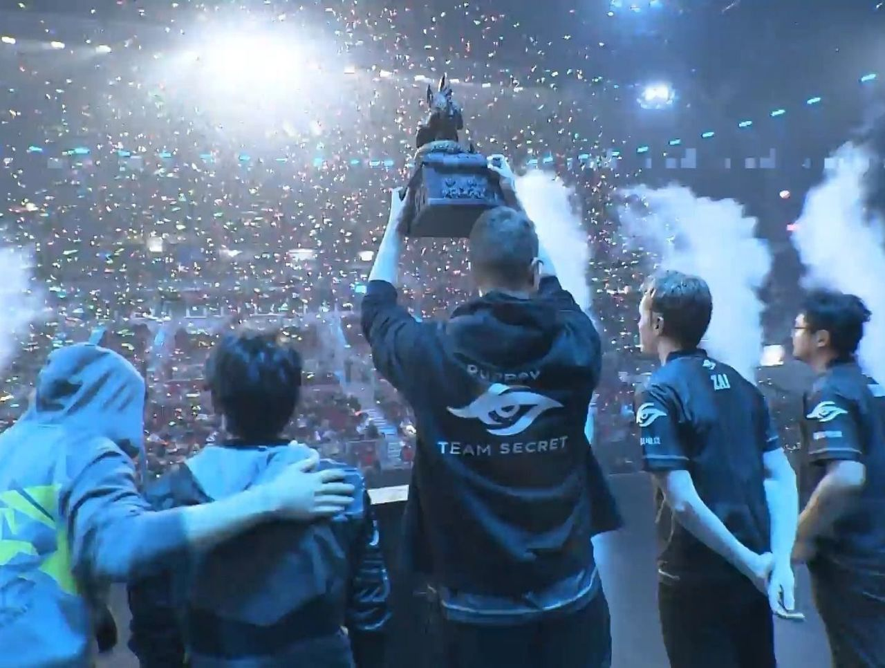 theScore esports Daily (Jan. 28): Secret win the Chongqing Major, FaZe beat Cloud9 to take ELEAGUE Invitational