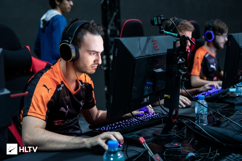 ELUSIVE retires; bLacKpoisoN to play with Denial