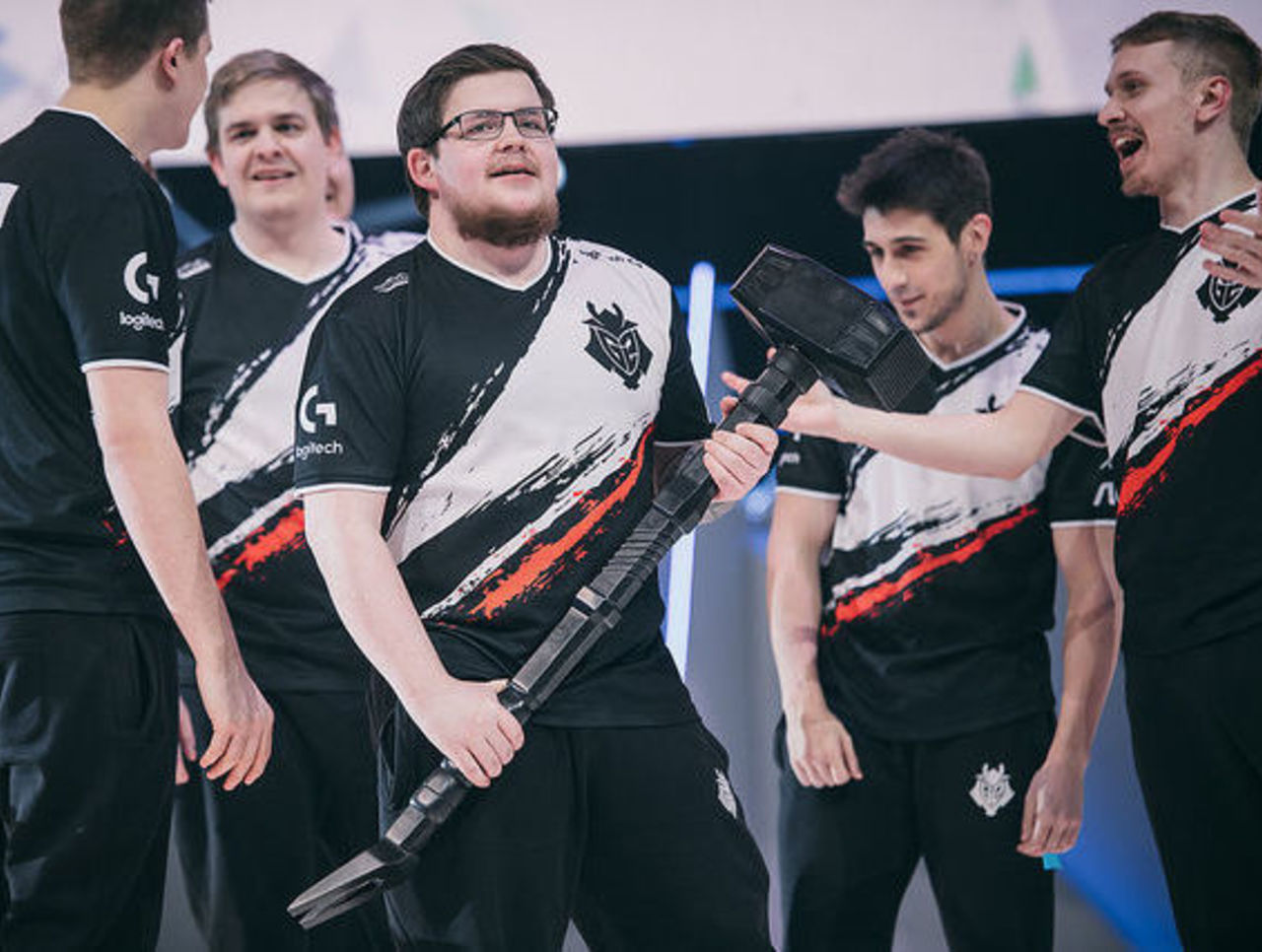 theScore esports Daily (Feb. 19): G2 Esports win Six Invitational, Fnatic fail to qualify for New Legends while Cloud9 G2 Esports squeak by