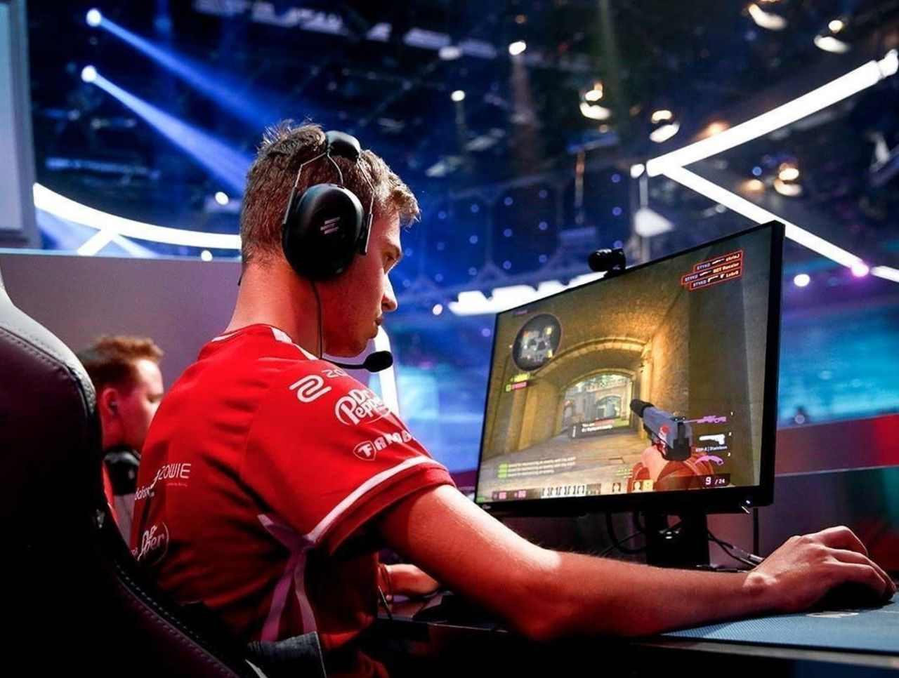 theScore esports Daily (Feb. 4): mouz release STYKO and ChrisJ from active roster, MKLeo claims Smash Ultimate title at Genesis 6 and ave steps down as North's coach