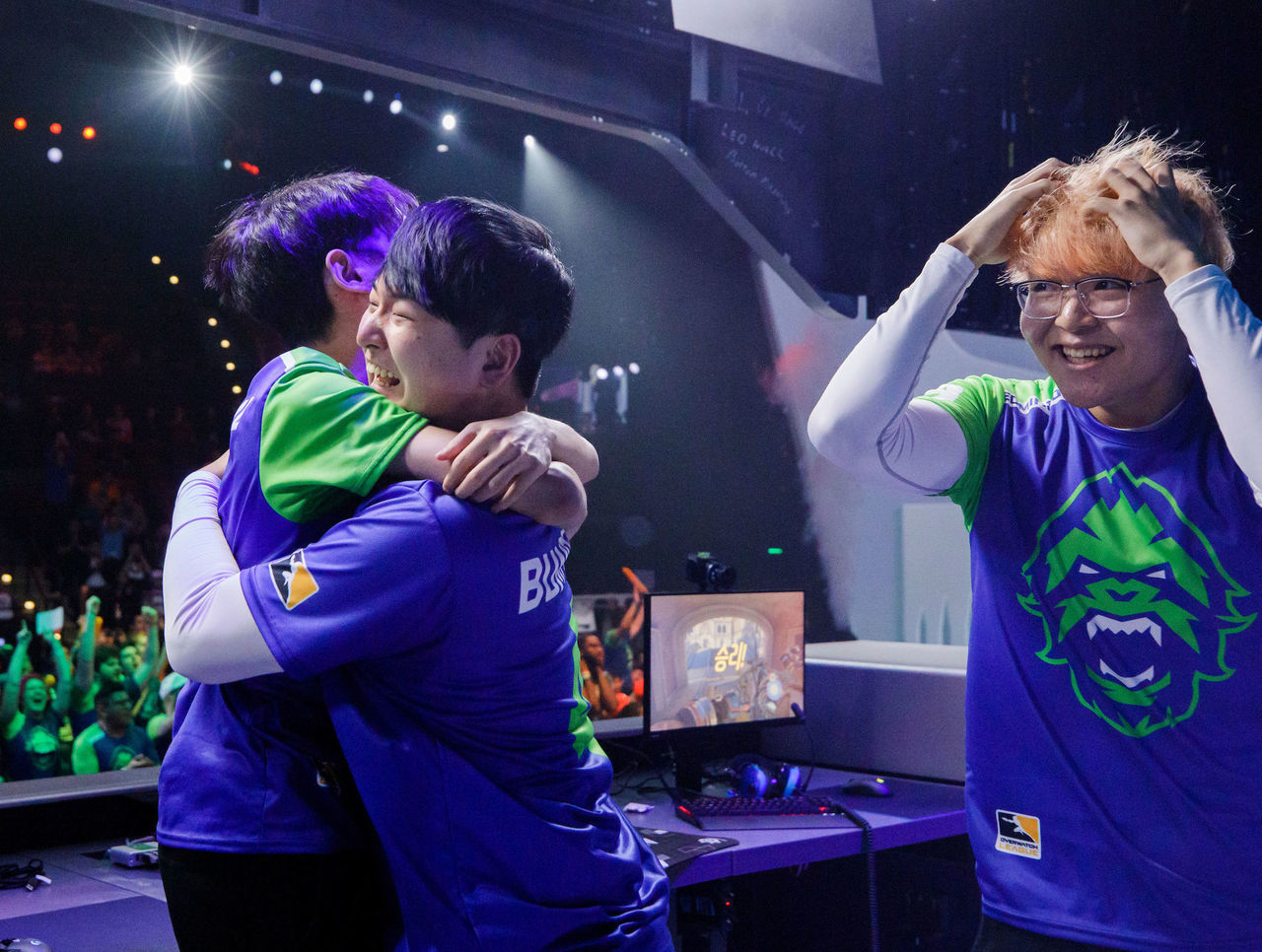 theScore esports Daily (March 25): Vancouver Titans win OWL Stage 1 championship, n0thing leaves compLexity and Vici Gaming wins Dota 2 DreamLeague Major