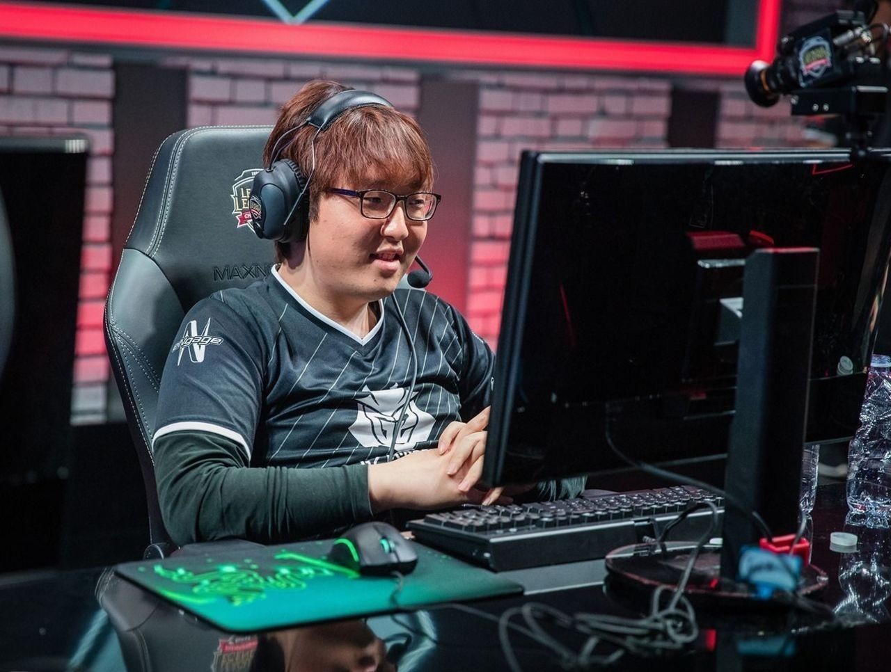theScore esports Daily (April 8): EFFECT retires from the Overwatch League, xms rejoins LDLC while Trick signs to Schalke 04 Esports